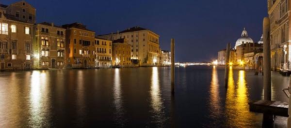 Biennale al via a Venezia