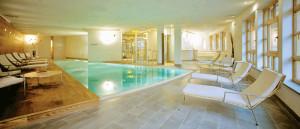 Hotel Posta Zirm piscina