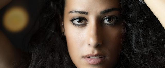 Mara Bosisio: il nuovo singolo è Liquido, come la nostra società